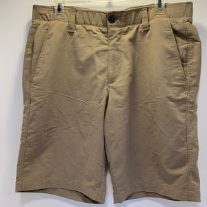 Under Armor khaki shorts men's 34